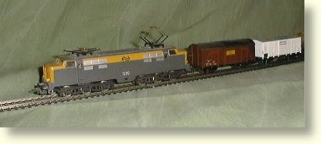 1220 with freight wagons